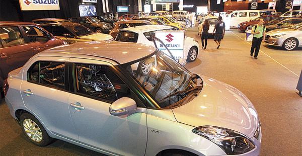 Desde anoche 80 automotrices exponen nuevos modelos de vehículos de reciente incursión en el mercado global