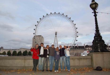 En Londres con la banda Azul Azul después de un concierto