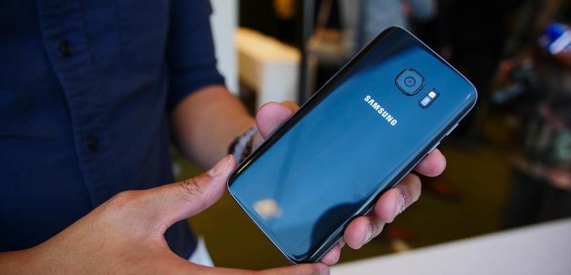 Samsung Galaxy S7 3 Android y la capa TouchWiz del Galaxy S7 ocupan 8 GB
