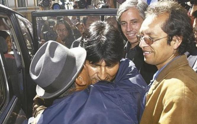 """Vicepresidente llama """"flojo"""" a Walter Chávez y que vendió su creatividad al mejor postor"""