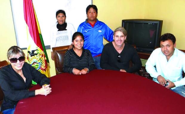 Quintana responde por fotos con Leo, el amigo de Zapata