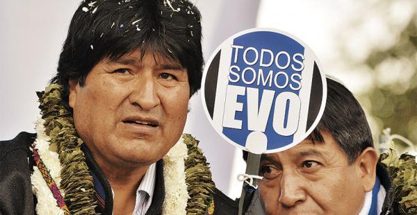 El canciller Choquehuanca apareció en dos actos públicos con el jefe de Estado, lo ven como sucesor de Evo