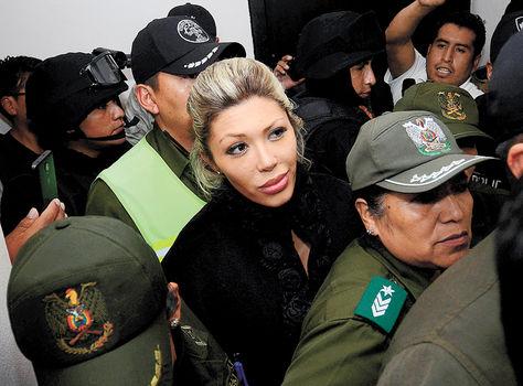 Gabriela Zapata en juzgados. Foto: APG Archivo