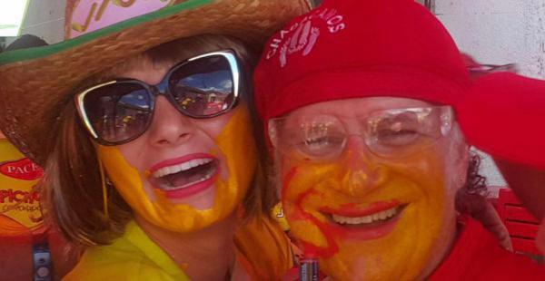 Advirtió a la reina del Carnaval que la buscaría para pintarla y le cumplió