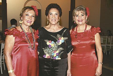 /SIMPÁTICAS. Cheryl Bravo, 'Mimí' Ortiz Y Blanqui Chávez, de mujeres de ayuda social