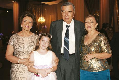 EN REPRESENTACIÓN DEL NOVIO. Rosa Santistevan De Moscoso, Inés Moscoso, José Santistevan Y 'nena' Santistevan