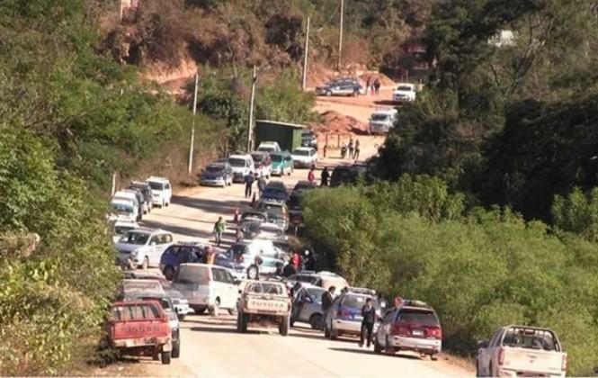 Gobierno pide que autoridades dialoguen para levantar bloqueo en Villamontes