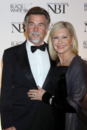 Olivia Newton-John y John Easterling, el magnate con quien se casó tras la desaparición de su entonces novio.