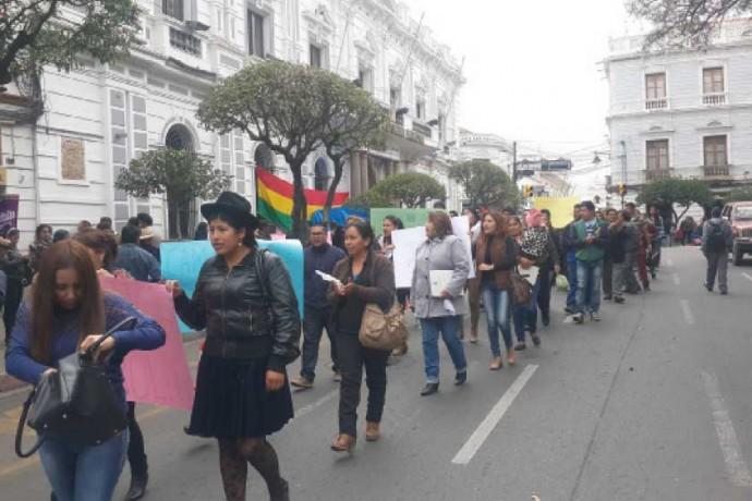 MARCHA. Residentes de Camargo en protesta por el asesinato de Carola.