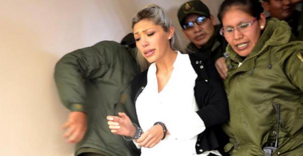 La mujer con la que el presidente Evo Morales tuvo un hijo ha sido trasladada de la cárcel de Obrajes a la de Miraflores y temen que también de allí sea llevada a otro penal