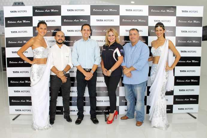 Jimena Jimenez, Rodmy Arandia, Diego Salvatierra, Sonia Serrate, Germán Moreno y Thaísa Torres