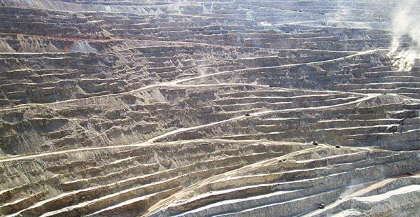 imponente yacimiento en chile admiten que utilizan las aguas del silala La mina Chuquicamata, en Calama, es el yacimiento más grande de cobre del mundo