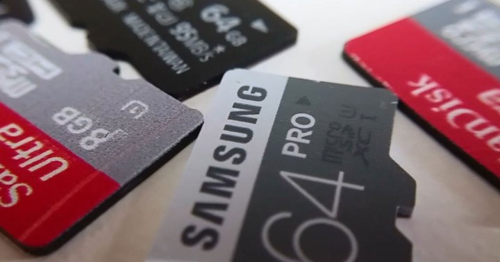 varias microSD de cerca