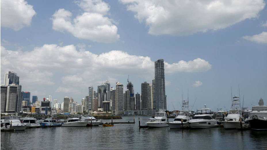 Panamá reingresará a la lista de paraísos fiscales de Francia luego de que se filtraron los denominados papele de Panamá con varios casos de evasión fiscal