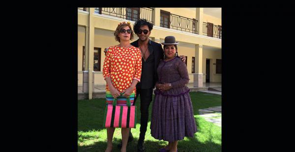 Ágatha Ruiz de la Prada, el productor del BFW, Pierre Dulanto y la diseñadora de modas para mujeres de pollera, Eliana Paco
