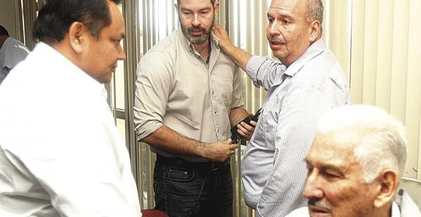 El senador Arturo Murillo estuvo ayer en nuestra capital y visitó a los procesados en el caso terrorismo