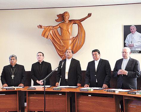Cochabamba. Obispos de la Iglesia Católica durante la inauguración de su 101 Asamblea Ordinaria.