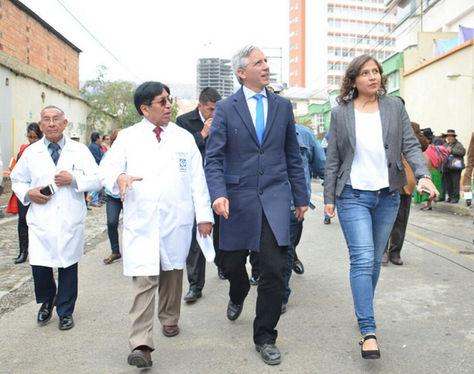García Linera el en acto de entrega del bloque de oncohemetalogía y equipamiento para el Hospital del Niño.