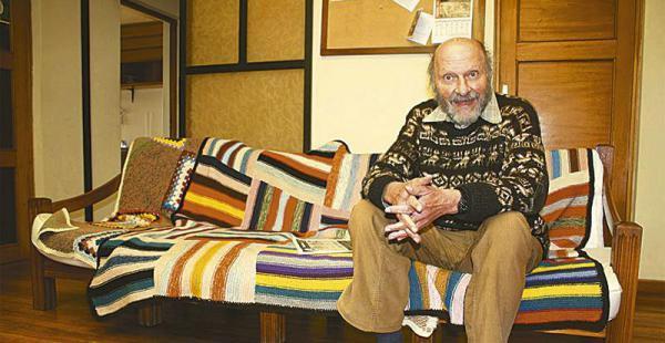 Xavier Albó con su obra ha promocionado la diversidad lingüística y la educación multilingüe en diversas comunidades indígenas de Bolivia