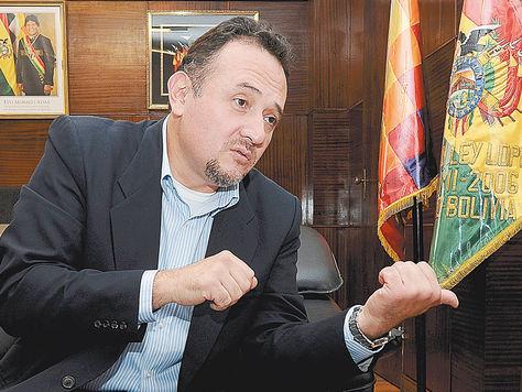 Despacho. El ministro de Planificación, René Orellana, en una anterior entrevista con La Razón.