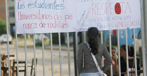 No dejaron ingresar a alumnos, maestros ni administrativos a la Uagrm