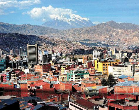 Referencia. Una vista panorámica de la ciudad de La Paz, donde el tributo a las sucesiones hereditarias es mayor.
