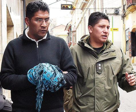 Juzgados. El abogado Ricardo Blanco es trasladado a celdas judiciales luego de su audiencia cautelar.