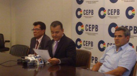 Conferencia de prensa de autoridades del empresariado sobre la negociación salarial