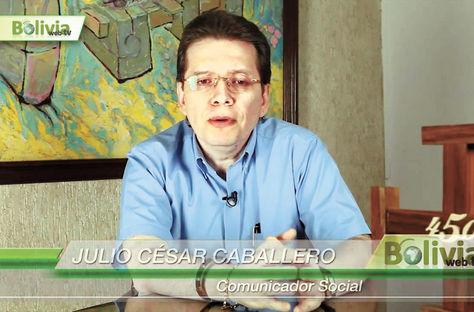 Labor. Caballero expone su punto de vista en una entrevista con la estatalBolivia Tv desdeSantaCruz.
