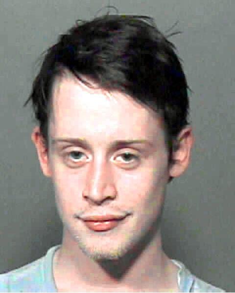 La imagen de la ficha policial de Macaulay.