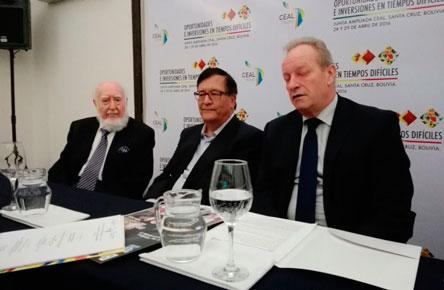 Los empresarios inician reunión amplida de CEAL