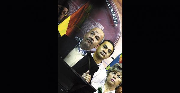 El senador Arturo Murillo (UD) insiste en que el fallo es 'político'