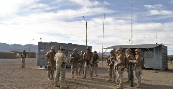 Un periodista hizo un recorrido por el sector y asevera que se trata de una base militar que fue instalada en cercanías de Bolivia.