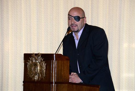 Hoy. El jurista David Alonso Tezanos Pinto asume como nuevo Defensor del Pueblo.