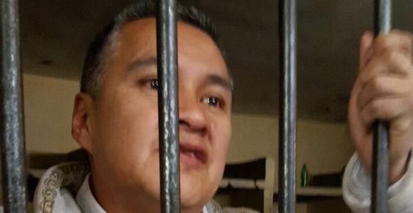 El abogado fue aprehendido en la víspera por la supuesta presentación de un niño falso como hijo de Evo Morales.