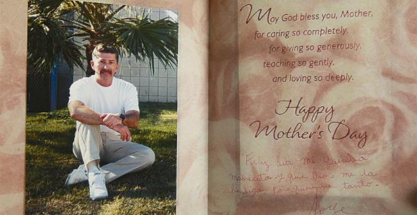 Hace cinco años Jorge Roca le envió esta postal a su mamá felicitándola por el Día de la Madre