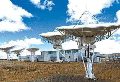 Control. La estación terrestre del satélite TKSAT-1 en Amachuma. Foto: Juan Muñoz-Archivo.