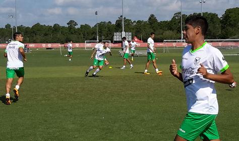 Los jugadores comienzan el entrenamiento en Orlando.