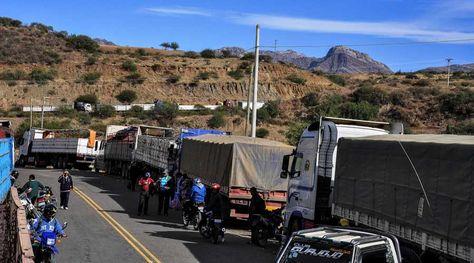 Bloqueo del transporte pesado en Sucre. Foto: APG