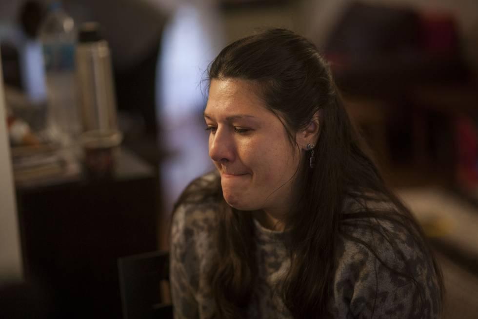 Recordar el maltrato es doloroso para Mariela.
