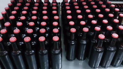 Botellas de cerveza Grana. Foto: www.creastylow.es