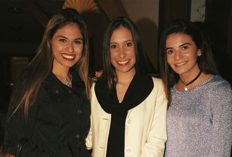 Maite Sanguino, Bruna Serrate y Fabiana Scanferla, bien abrigadas