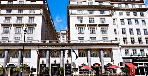 El Sheraton Park Lane de Londres será sede de la reunión de ministros bolivianos con empresarios, según DMA. Allí se ha filmado películas y series de TV