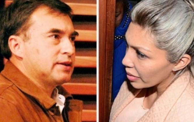 Gabriela Zapata asegura que no conoce al ministro Quintana, pero admite que le escribía