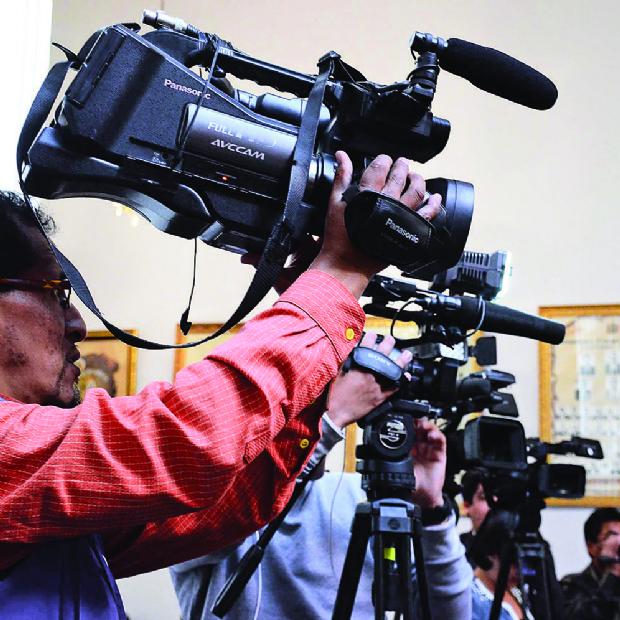 Juez pide nombres de periodistas por nota sobre Zapata