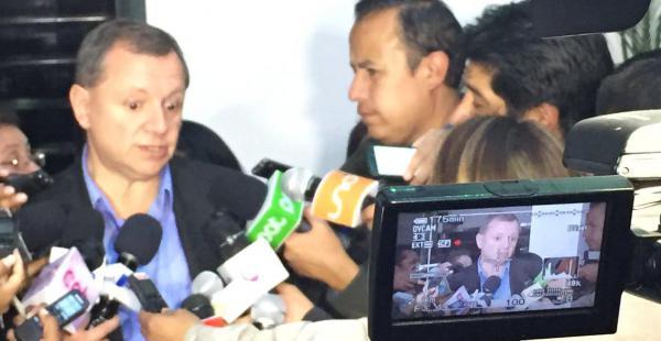 El titular del Senado reaccionó ante la solicitud de la justicia a medios de comunicación por el caso Zapata.
