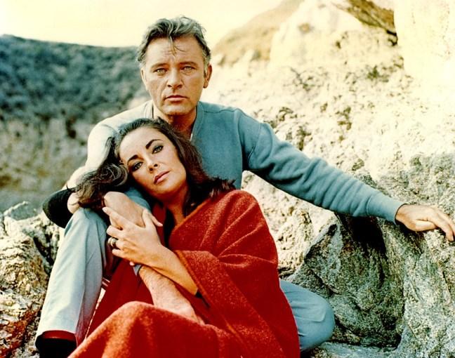 Richard Burton y Liz Taylor en el rodaje de