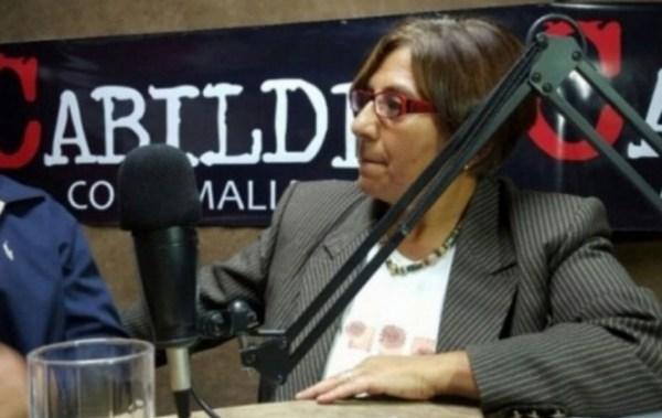 Mujeres periodistas respaldan a Amalia Pando y rechazan agresiones del Gobierno
