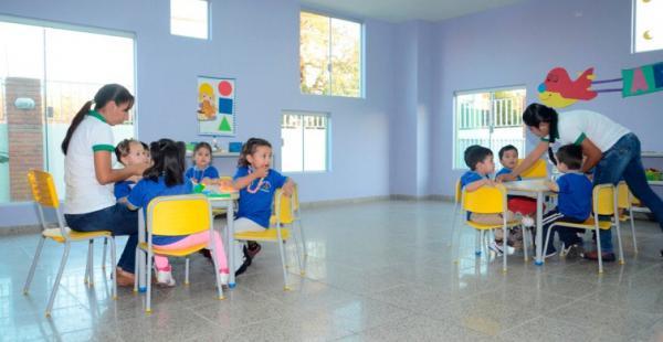 Los pequeños del distrito 2 en los nuevos ambientes de la guardería construida por la Alcaldía