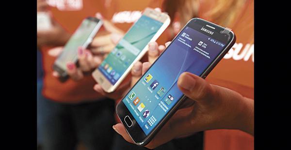 En 2015 se importaron menos celulares desde el extranjero